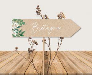Inspiration nom de table panneau directionnel mariage kraft nature eucalyptus et gypsophile