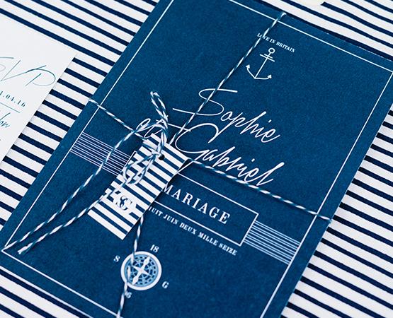Faire-part de mariage Marin Marine | mariage chic theme marin marine bord de mer rayures ancre bleu boussole | Pastilles et Petits Pois