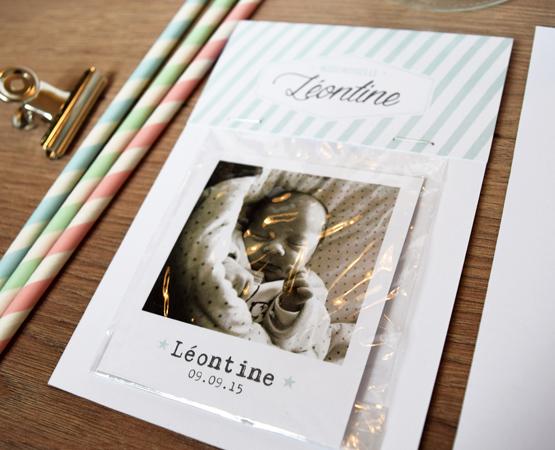 faire-part naissance inédit avec magnet et pochette façon photomaton design vintage