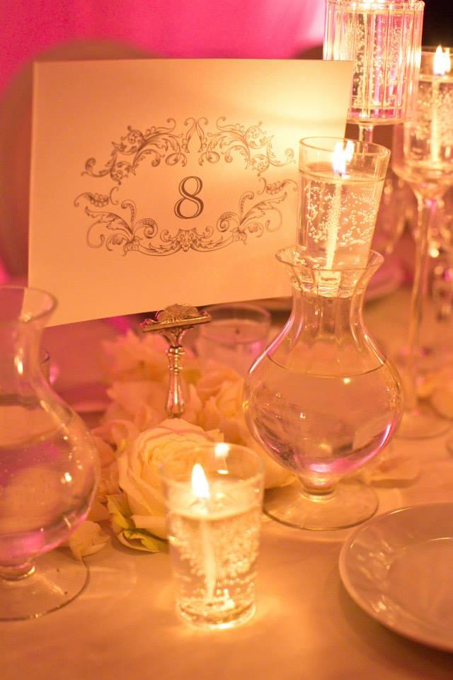 nom-de-table-mariage-chic