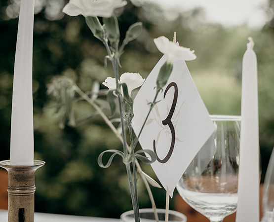 nom de table mariage blanc naturel